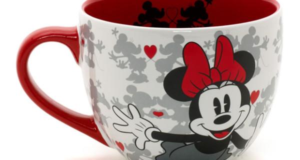 Disney Store presenta il set di tazze di Minnie e Topolino