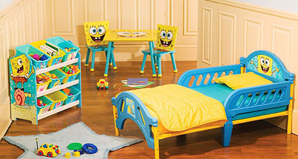La cameretta di Spongebob: lettino, porta giochi, tavolo e sedie [Prezzo]