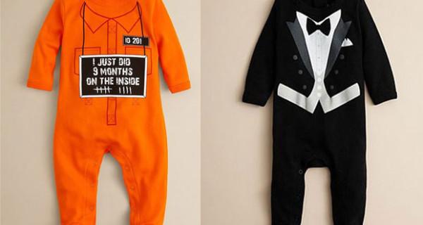 Tutine per neonati, i modelli più simpatici: divisa da carcerato o smoking?