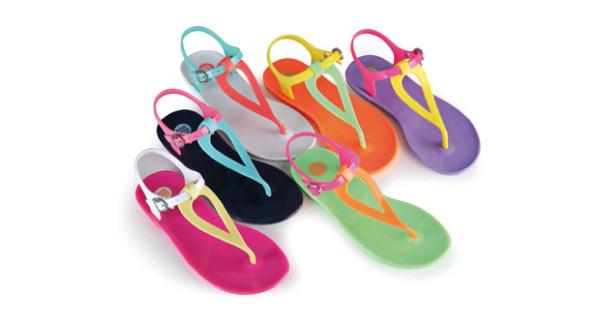 Gioseppo Kids presenta i nuovi sandali per l'estate. Protagonisti i colori sgargianti!