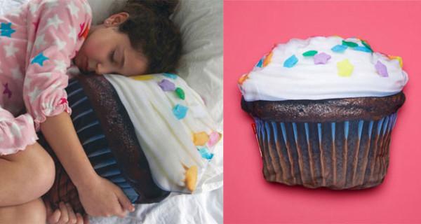 Cuscino a forma di Cupcake, perfetto per la cameretta delle bambine