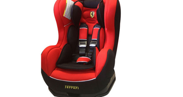 Seggiolino per auto firmato Ferrari: per i piloti di domani