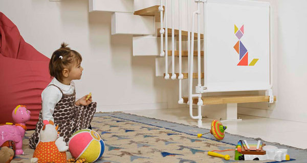 Bambini più sicuri in casa con Kalypto, il cancelletto per le scale di Fontanot