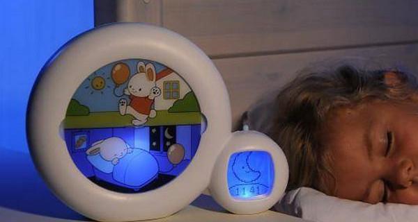 Kid'Sleep Moon Nightlight, la sveglia animata per bambini