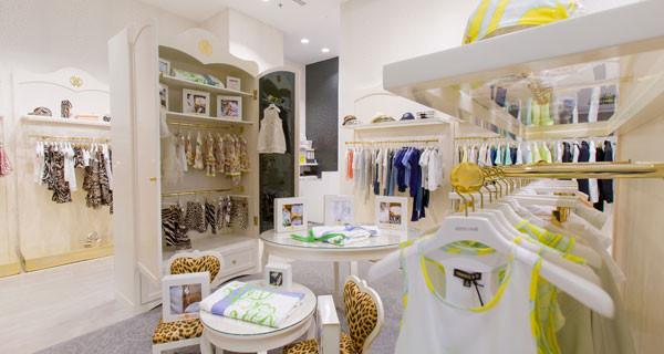 Roberto Cavalli Junior ha inaugurato il primo negozio a Dubai