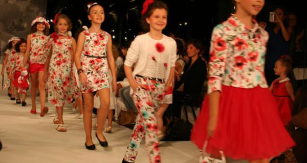 A Milano Moda Donna sfilano anche i bambini: la collezione SS2014 di Stillini [Foto]