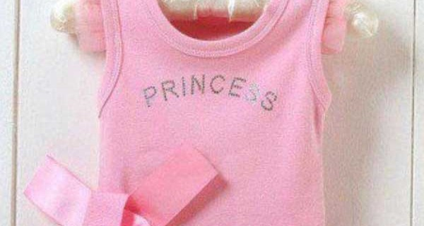 Guendalina Tavassi presto mamma: ecco la tutina da principessa di Chloe