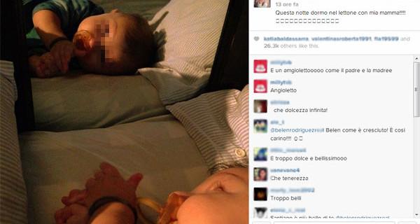 Santiago De Martino sempre più bello: eccolo mentre dorme nel lettone con Belen [Foto]
