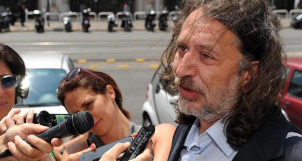 """Caso Stamina, Davide Vannoni lontano dall'Italia: """"Continueremo all'estero, forse a Miami"""""""