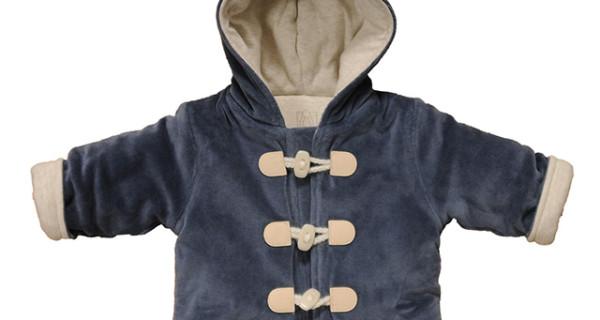 La giacchina in ciniglia di Filobio perfetta per l'inverno dei bambini