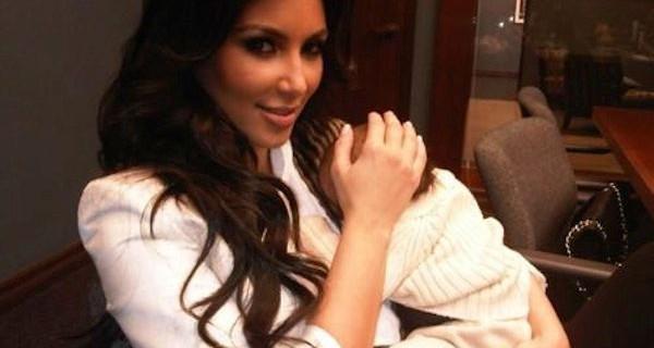 Tutti i regali alla figlia di Kim Kardashian dagli stilisti più famosi del mondo