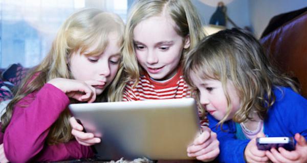 Fiabe da Raccontare: l'app per tutta la famiglia perfetta per Natale