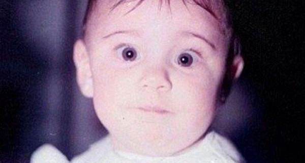 Belen Rodriguez da mamma di Santiago a bambina: ecco com'era da piccola