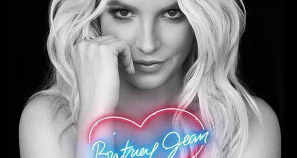 """Britney Spears presenta il suo nuovo album """"Britney Jean"""" e dichiara: """"Mi piacerebbe avere ancora bambini"""""""
