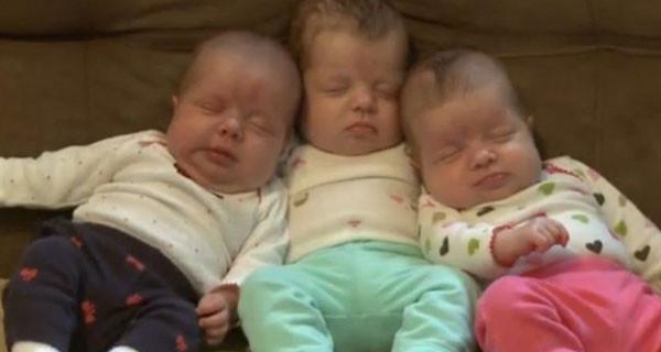 Lucy, Hannah e Norah Stier: il miracolo delle tre gemelline identiche nate senza inseminazione artificiale