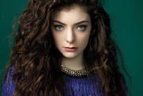 """Lorde, la teenager più influente del mondo: """"Non sono come Miley Cyrus, lei non scrive musica"""""""