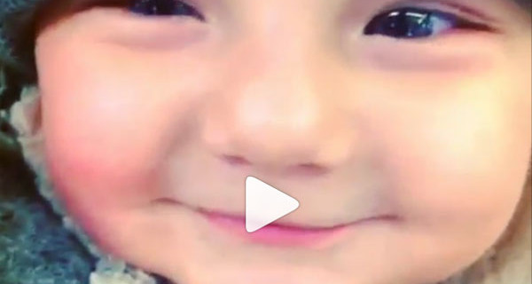 Il piccolo Santiago è pronto per il freddo: ecco il video pubblicato da Belen