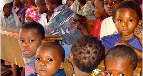 """Famiglie adottive bloccate in Congo: """"Che il governo faccia qualcosa per aiutarci"""""""