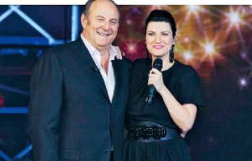 Io Canto Christmas 2013, puntata speciale con Laura Pausini il 16 dicembre