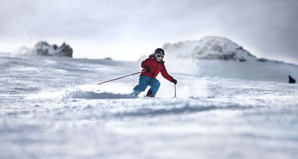 Salewa Kids presenta il total look per una giornata sulla neve