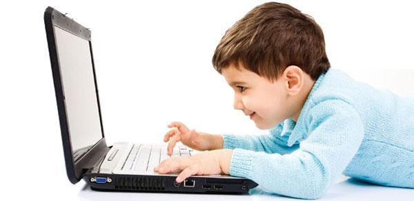 """In aumento il rischio di """"Internet dipendenza"""" per bambini e ragazzi"""