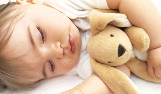 E' l'ora della nanna: ecco alcuni consigli per far addormentare i bambini