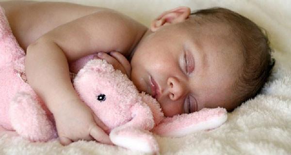 """""""Fate la nanna"""", il libro di Eduard Estivill per far dormire il bambino. Cosa ne pensi?"""