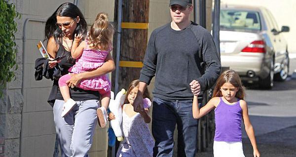 """Matt Damon parla della sua vita da papà: """"Le mie quattro figlie mi hanno cambiato la vita"""""""