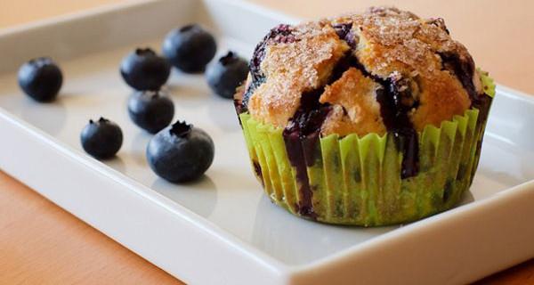 Muffin ai mirtilli: la ricetta ideale per la colazione dei nostri bambini