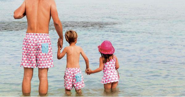Abbigliamento da mare uguale per bambino e papà: le proposte di Archimède