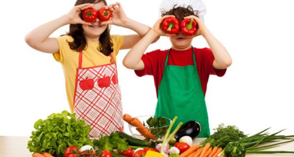 Genitori vegetariani: ecco come fare i con figli