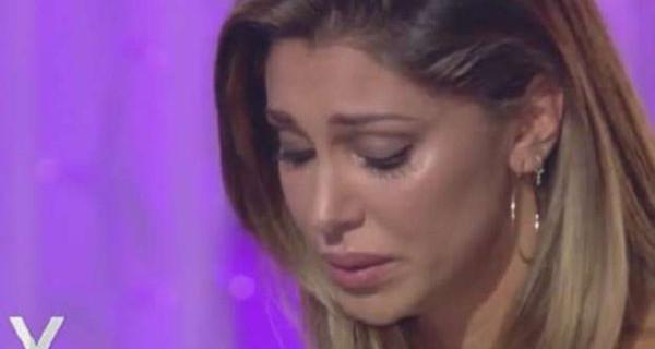 """Belen Rodriguez ancora sotto shock: """"Stavo per morire insieme alla mia famiglia"""" LEGGI"""