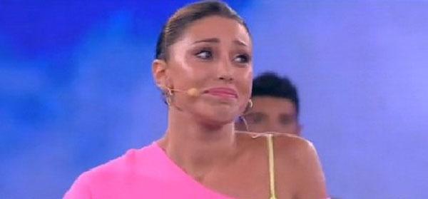 """Belen Rodriguez lontana dalle telecamere: """"Sogno una vita normale"""""""