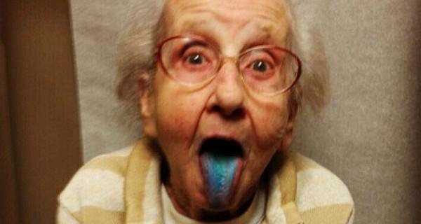 Grandma Betty: la nonna più famosa del web che combatte il cancro anche su Instagram [Video]