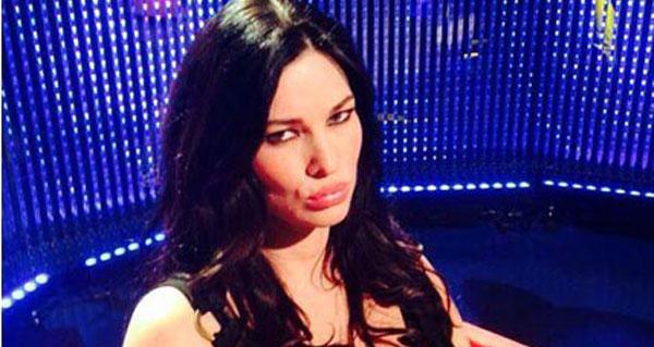 Manuela Arcuri opinionista senza opinioni del Grande Fratello 13. Cosa dirà stasera?