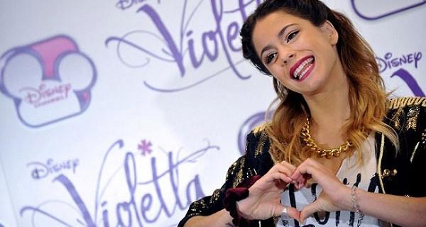 """Anticipazioni Violetta 3, Martina Stoessel: """"Siamo a Barcellona per iniziare le riprese"""""""