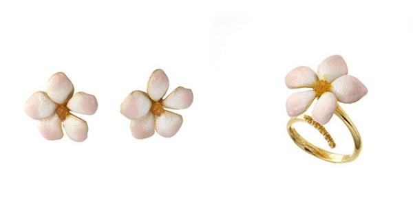 Regali per la Prima Comunione: i fiori protagonisti dei gioielli Misis