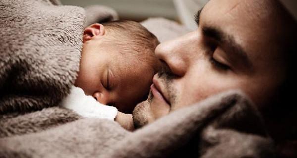 Shhh non russare, arriva RonfStop: il regalo per papà e tutta la famiglia