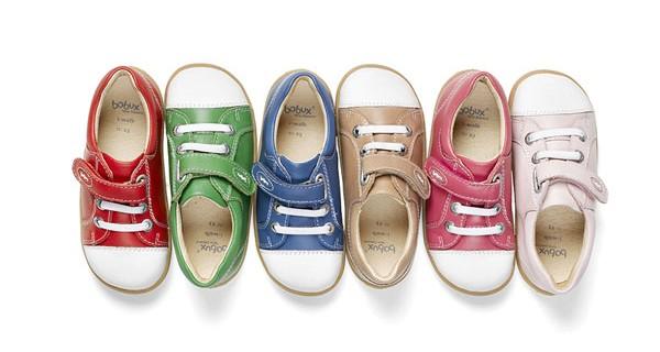 Bobux: un arcobaleno di colori per le nuove casual trainers per i bambini