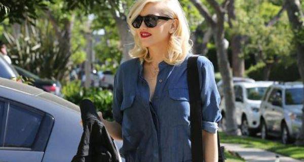 Gwen Stefani neo mamma: shopping a Los Angeles con la borsa Cybex per Jeremy Scott