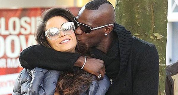 Raffaella Fico e Mario Balotelli: finalmente l'incontro con la piccola Pia
