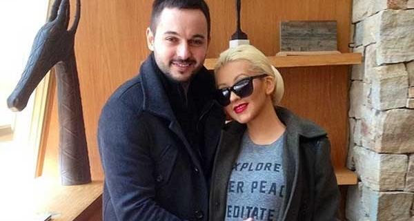 Christina Aguilera incinta e felice mostra il pancione su Instagram [FOTO]
