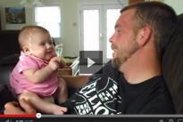 Bambina di due mesi commuove il web dicendo al papà I Love You [VIDEO]