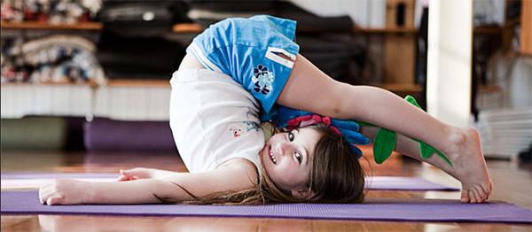 Perchè lo yoga è giusto per i bambini? Ecco tutti i benefici