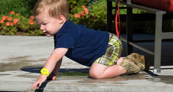 iSwimband: il braccialetto che ti avvisa se il tuo bambino ha bisogno di aiuto