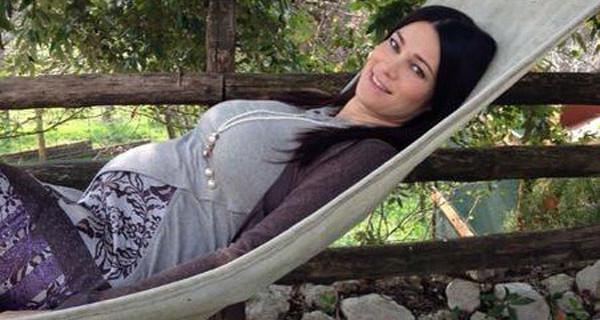 Manuela Arcuri ha partorito? Oggi dovrebbe nascere il suo bimbo