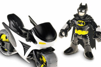 Batman contro Superman: Warner Bros e Mattel rinforzano la loro partnership da supereoi