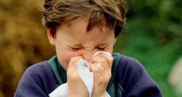 Raffreddamento da aria condizionata: ecco come curarlo nei bambini