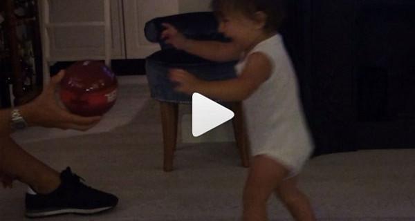 Il nuovo video di Belen Rodriguez su Instagram: Santiago ha iniziato a camminare!