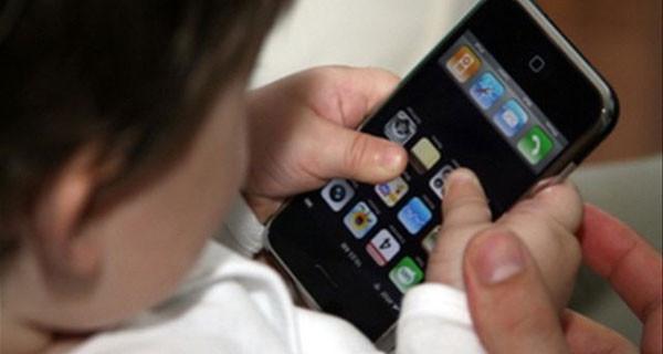 E' arrivato bPhone U10, il primo cellulare per bambini tutto italiano